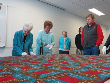 Boston Descendants at Quilt Center with Quilt